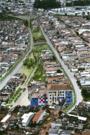 Urbanização de favela na bacia da Guarapiranga